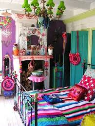 i think frida kahlo would have approved bohemian interiors