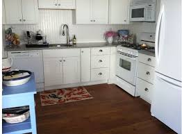 White Shaker Style Kitchen Cabinets White Kitchen Cabinets Rockford Door Style Cliqstudios