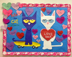 Valentine S Day Door Decorations Ideas by 87 Best Bulletin Boards Valentine U0027s Day Images On Pinterest