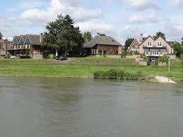 Schreibtische B O G Stig Villa Veertien Niederlande Dieren Booking Com