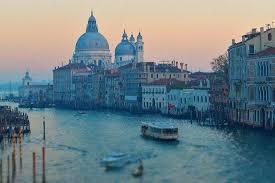 petits canap駸 威尼斯大陸部分再吵獨立將會第五次闖關公投 gau today