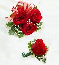 where can i buy a corsage and boutonniere for prom corsage boutonniere homecoming flowers prom flowers