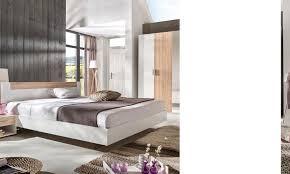 chambre bois blanc chambre coucher bois massif meubles bureau la maison modernes