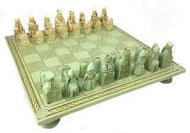 amazon com celtic chess set and board isle of lewis 1831 toys