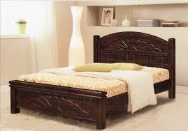 Carved Wooden Headboards Bedroom White Comfort Carpet Floor With Varnished Wood Bed Frame