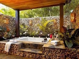 Outdoor Bathtubs Ideas Best 25 Outdoor Tubs Ideas On Pinterest Tub Garden