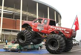 the monster truck bigfoot no limits monsters at new baylor stadium