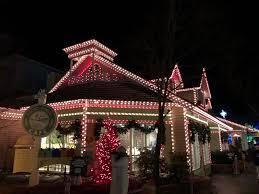 dollywood christmas lights 2017 a very dollywood christmas theme park university