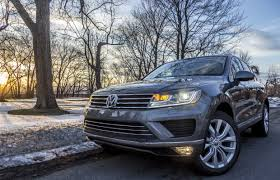 vw jeep again looking at suv review 2015 volkswagen touareg tdi driving