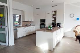 küche massivholz ikea küche ideen in grau dekor mit massivholz arbeitsplatte küche