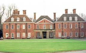 bucklebury middleton house kate middleton the duchess of cambridge childhood homes