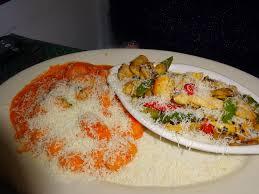 eating my way through oc feeling like family at mama d u0027s