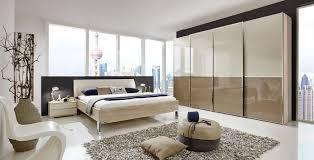 Schlafzimmer Eiche Braun Schlafzimmer Eiche Sägerau Nb Glasfronten In Magnolie Sahara