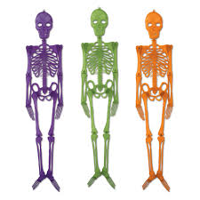 Skeleton Bones For Halloween by 30 Skull And Skeleton Halloween Decorations