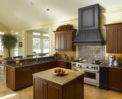 Mediterranean Kitchen Mediterranean Kitchen With Dark Brown Lacquered Maple Mouser