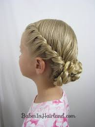 this mom has tons great tutorials for long updos they