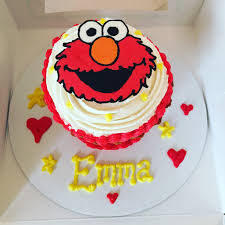elmo cupcakes elmo cupcake the cupcake delivers