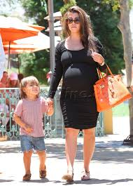 celebrity street style kourtney kardashian doesn u0027t let her baby