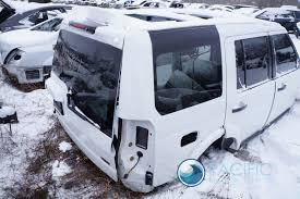 land rover lr4 white right rear quarter panel structural cut fugi white land rover lr4