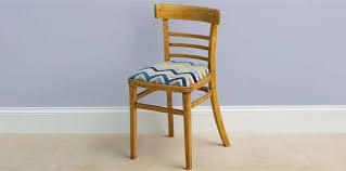 diy comment rénover le tissu d une chaise femme actuelle
