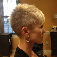 short haircuts for women with clipper 307 best womans clipper cut images on pinterest hair cut short