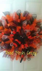 Pictures Of Halloween Wreaths by 16 Best Halloween Wreaths Images On Pinterest Halloween Deco