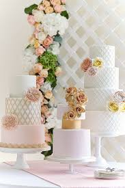 designer wedding cakes uk idea in 2017 bella wedding