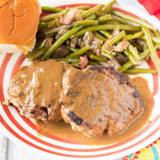 turkey burgers in mushroom gravy onion burger steaks with brown gravy the weary chef