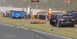 massive crash destroys 6 cars in adac gt masters race autoevolution