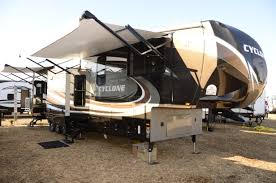 Cyclone 4200 Floor Plan Cyclone 4150 By Heartland A Thor Company Cyclone Toy Hauler