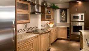 modele de decoration de cuisine étourdissant decoration de cuisine en bois et vasque salle