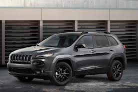 jeep altitude 2018 2014 jeep cherokee grand cherokee and wrangler gain altitude