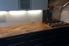 renovation cuisine plan de travail rénovation de cuisine avec plan de travail en chêne par gérard