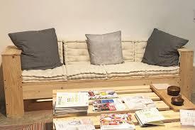 canap en palette un canapé en palette