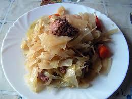 cuisiner du choux blanc recette de choux blanc à la chair à saucisse