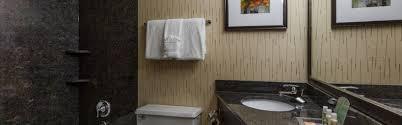 Wrigley Field Bathroom Holiday Inn Chicago North Evanston Hotel By Ihg