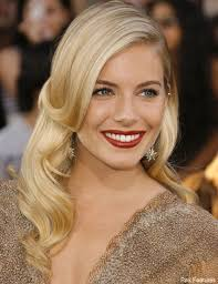 whatbhair texture does sienna miller have brilliant buys for curvy girls sienna miller sienna miller hair