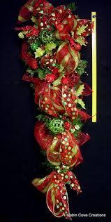 teardrop vertical swag wreath 60 in