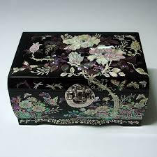 pearl necklace boxes images 82 best antique or fancy jewelry boxes images jpg