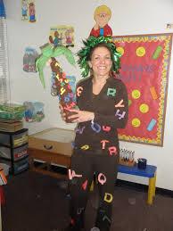 Pin Up Halloween Costumes Diy by Our Preschool Teacher As The Chika Chika Boom Boom Tree Teaching