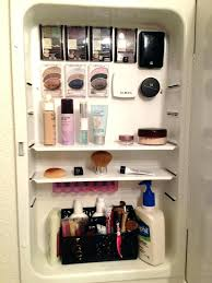 how to organize medicine cabinet organizing a medicine cabinet easy medicine cabinet organization