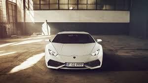 Lamborghini Huracan Back View - white lamborghini 4k
