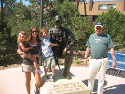 navy seal memorial to danny dietz one of luttrell buddy s
