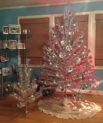 aluminium christmas tree love one with a story one without
