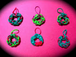 wreath easy charm on the rainbow loom