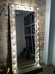 How To Make A Makeup Vanity Mirror The 25 Best Mirror With Lights Ideas On Pinterest Mirror Vanity