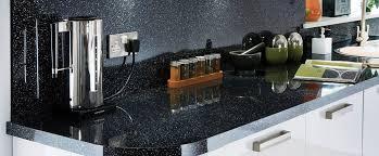 plan de travail cuisine noir paillet carrelage sol paillete 5solas plan de travail cuisine noir