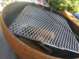 Outdoor Fireplace With Cooking Grill by For Large Outdoor Fire Pit Round Grill Cooking Grate In Outdoor