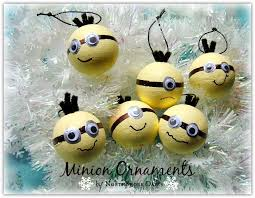 northshore days days of minion ornaments