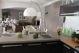 organisation du travail en cuisine cuisine grise plan de travail bois cheap cuisine grise plan de